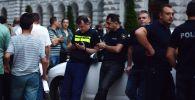 Сотрудники полиции Грузии во время во время протестов в Тбилиси, архивное фото