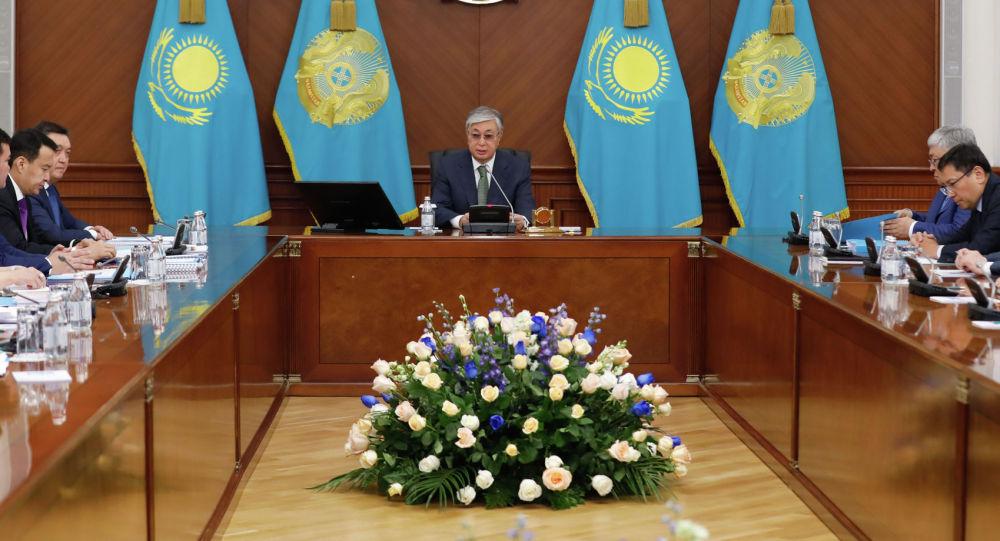 Хватит строить воздушные замки: чем запомнится первое заседание  правительства с Токаевым
