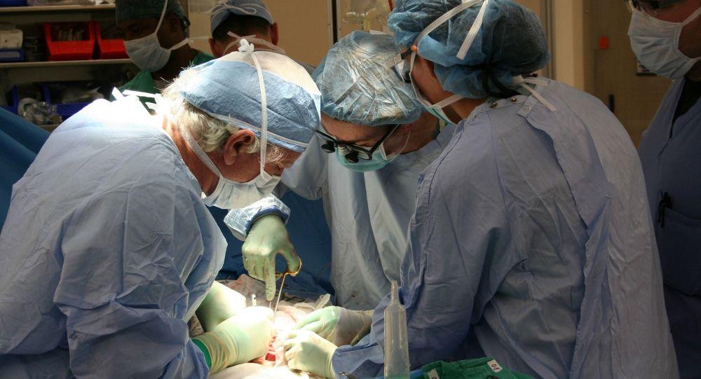 Хирургиялық операция, иллюстративті фото