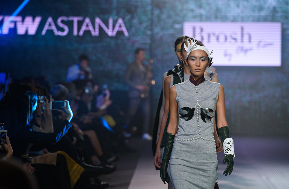 Kazakhstan fashion week 2016