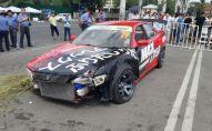 На чемпионате по дрифту в Бишкеке машина въехала в людей