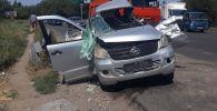 КамАЗ врезался в микроавтобус, пострадали 8 человек