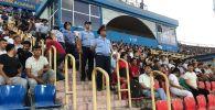 Полиция на футбольном матче Ордабасы - Млада Болеслав