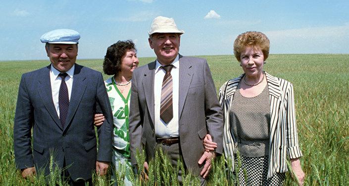 КСРО президенті Михаил Горбачевтің Қазақстанға іссапары