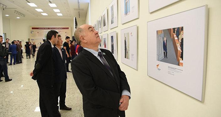 Sputnik представил ранее не опубликованные фото Назарбаева
