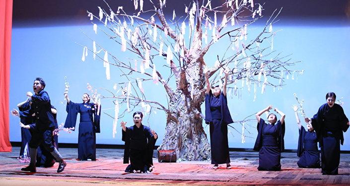 Спектакль Ахико из Актаса