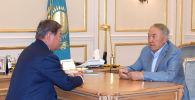 Қазақстанның Тұңғыш президенті  Самұрық-Қазына басшысын қабылдады
