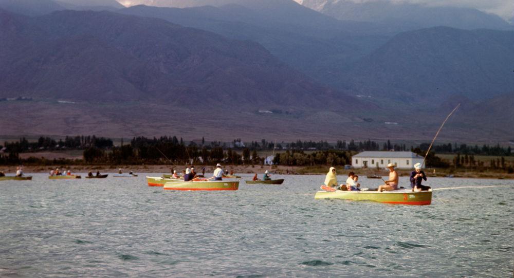 База отдыха на озере Иссык-Куль, архивное фото