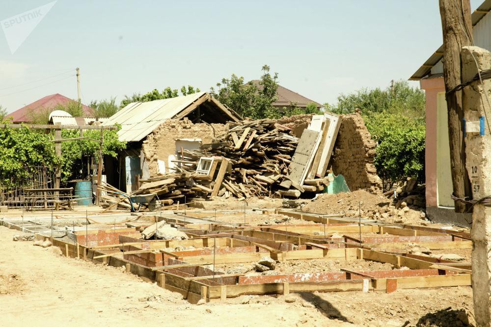 В Арыси много домов, получивших сильные повреждения