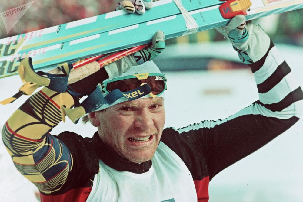 Олимпийский чемпион лыжник Владимир Смирнов
