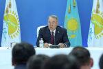 Елбасы Нурсултан Назарбаев на заседании политсовета партии Nyr Otan, архивное фото
