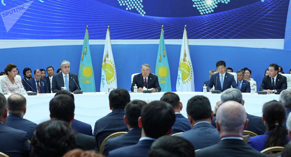 Заседание политсовета партии Нур Отан