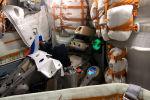 Что робот Федор пожелал россиянам с борта космического корабля - видео