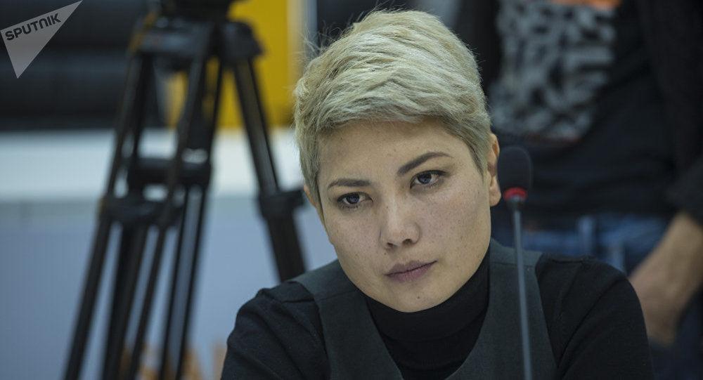Директор общественного фонда Помогать легко Динара Аляева