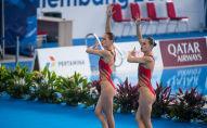 Казахстанки Александра и Екатерина Немич, спортсменки по артистическому плаванию