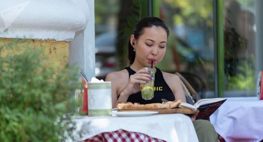 Летнее кафе в Алматы