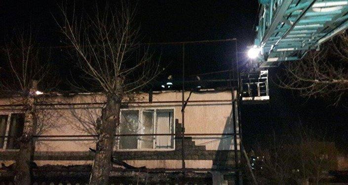 Пожар в магазине шин в Семее