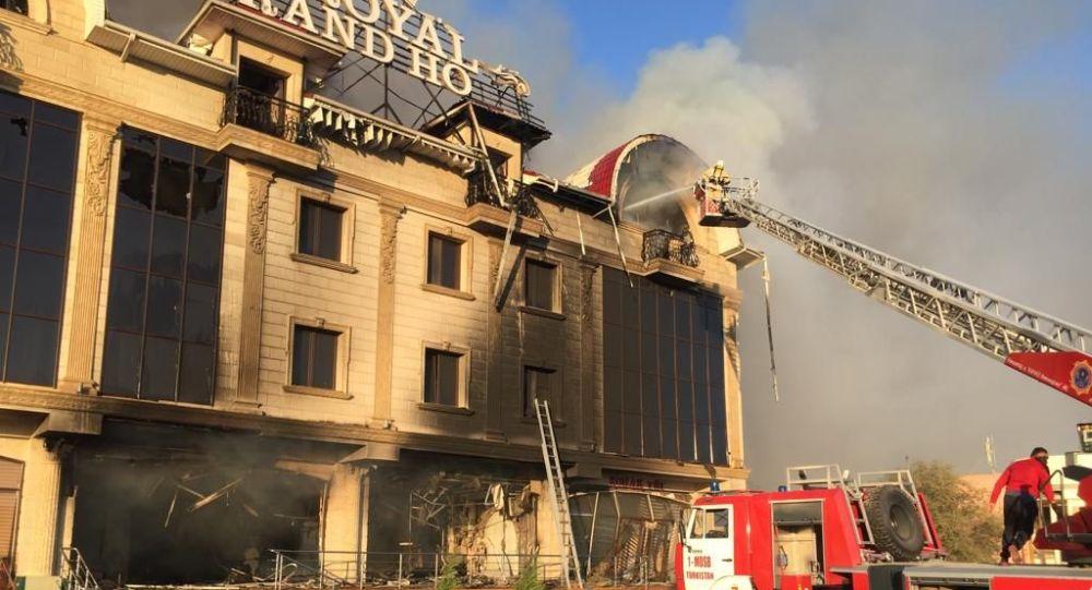 ЗИЛ с газбаллонами взорвался в Туркестане