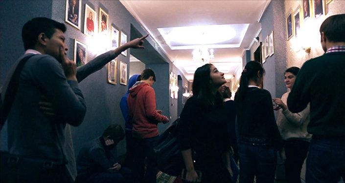 MannequinChallenge: елордалық театр актерлері мен көрермендері бір сәтке қатып қалды