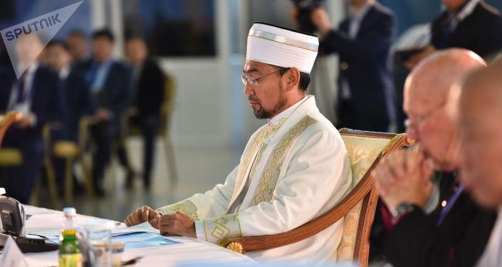Қазақстанның бас мүфтиі Серікбай қажы Ораз Әлемдік және дәстүрлі діндер лидерлері съезі хатшылығының XVIII отырысында