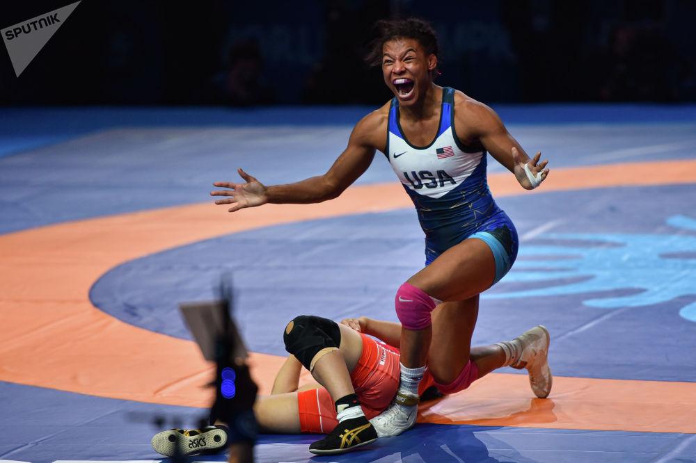ЧМ по борьбе - WW - 72 кг - за золото: Нанами Ирие (Япония) - Джакару Винчестер (США)