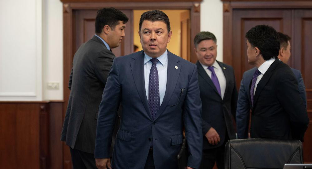 Қанат Бозымбаев