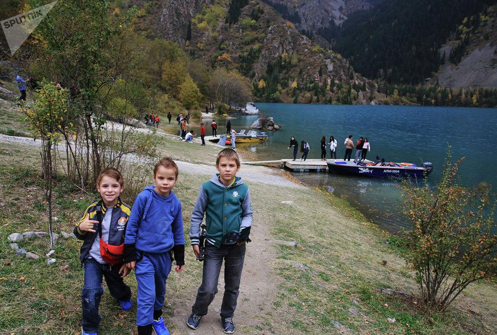 На озере Иссык