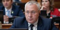 Депутаты мажилиса на пленарном заседании. Сергей Звольский