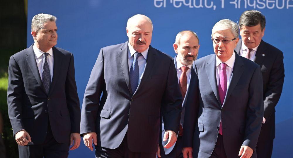 Главы государств в Армении на ВЕЭС