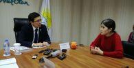 Білім министрі Асхат Аймағамбетов оқуды қызыл дипломмен бітірген мұғалімге жұмыс тауып берді