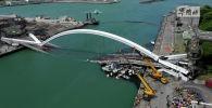 Разрушенный мост в Наньфангао, восточный Тайвань