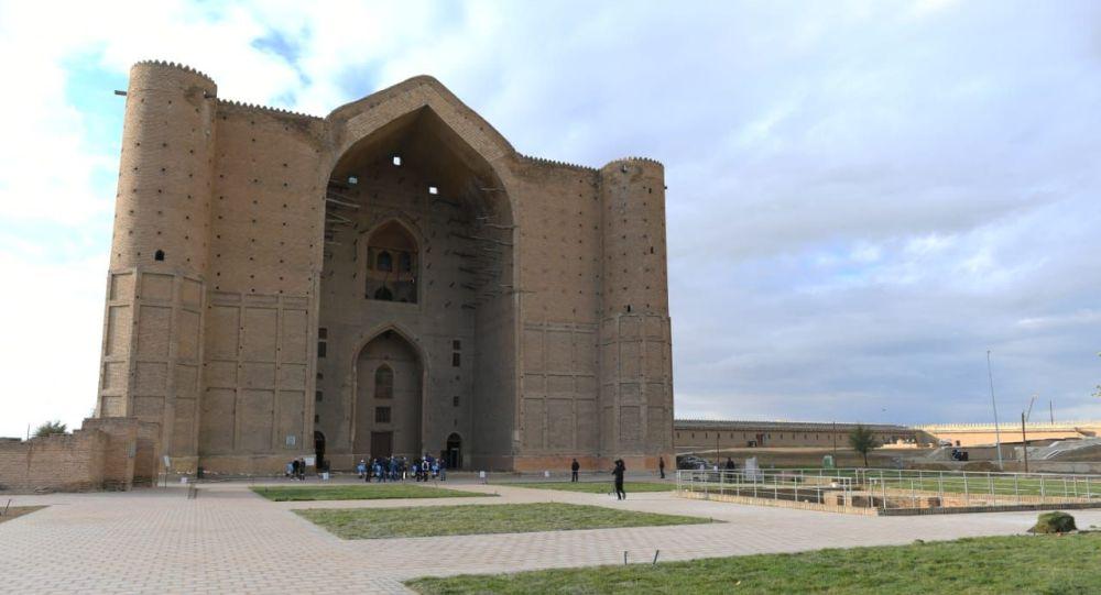 Мавзолей Ходжи Ахмеда Яссауи в Туркестане