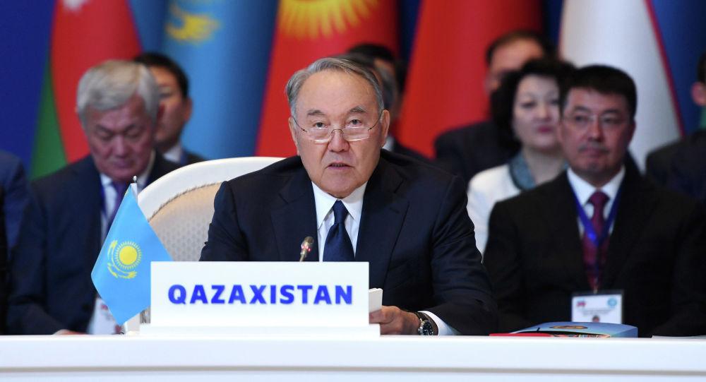 Нұрсұлтан Назарбаев, архивтегі сурет
