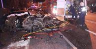 BMW пришлось разрезать, чтобы достать пострадавших