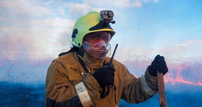 Пожар в Есильском района Нур-Султана возле  Коргалжынского шоссе