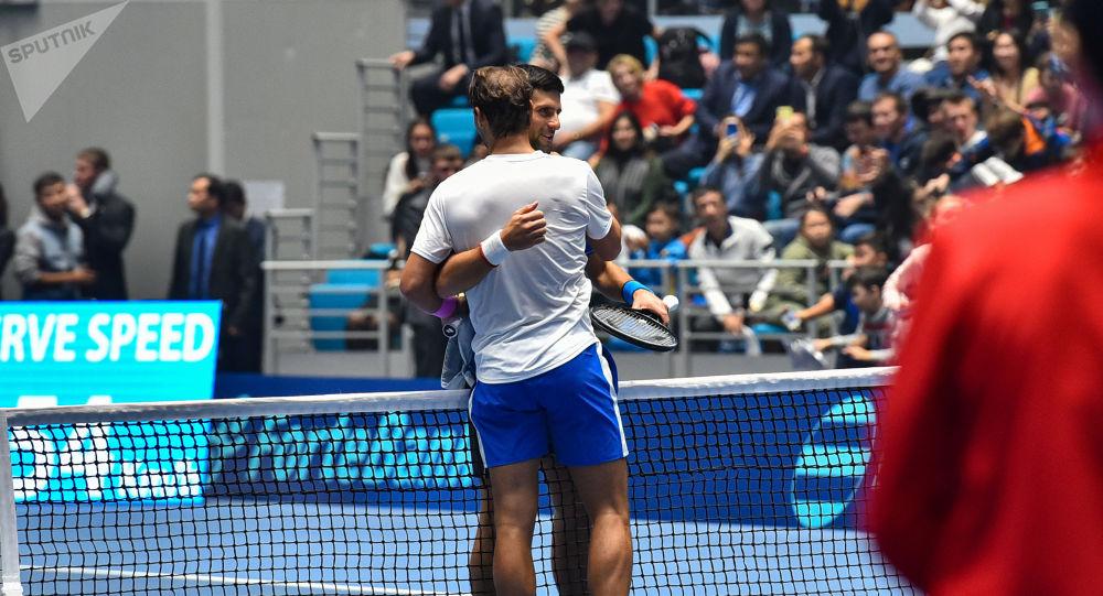 Благотворительный матч между теннисистами Новаком Джоковичем и Рафаэлем Надалем