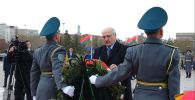 Лукашенко почтил память воинов в Нур-Султане