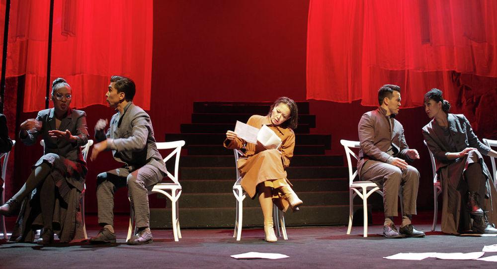 Спектакль о жизни и творчестве поэтессы Фаризы Онгарсыновой