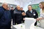 Нурсултан Назарбаев ознакомился с ходом строительства объектов Туркестана