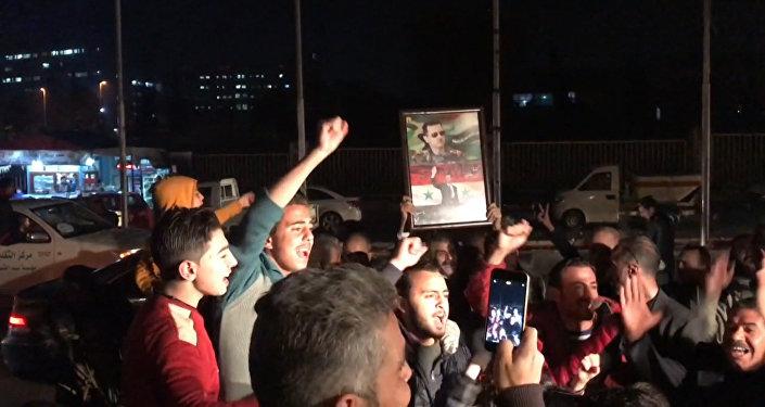 Алеппо тұрғындары қаланың содырлардан босатылғанына шаттануда