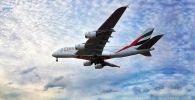 Авиалайнер компании Emirates Airlanes