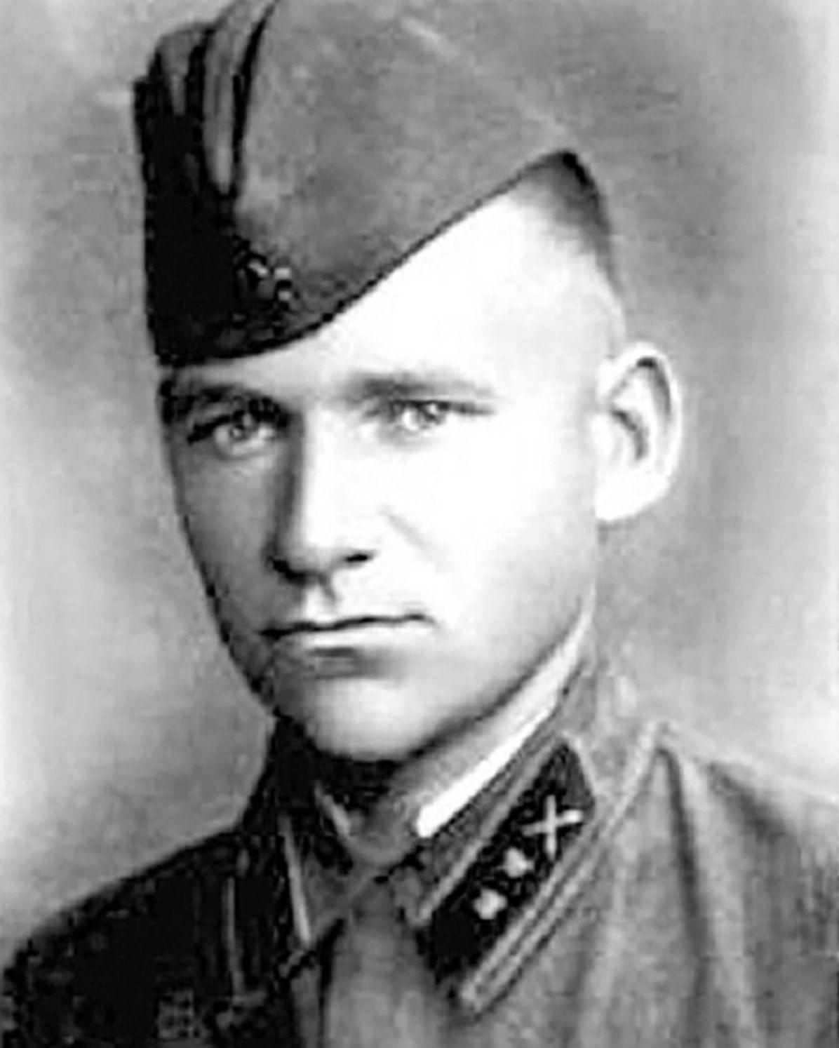 Герой Советского Союза Георгий Игишев