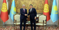 Президент Казахстана Касым-Жомарт Токаев и президент Кыргызстана Сооронбай Жээнбеков