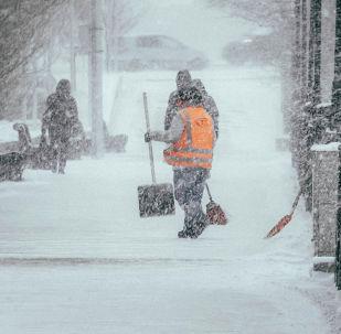 Коммунальная служба, снегопад