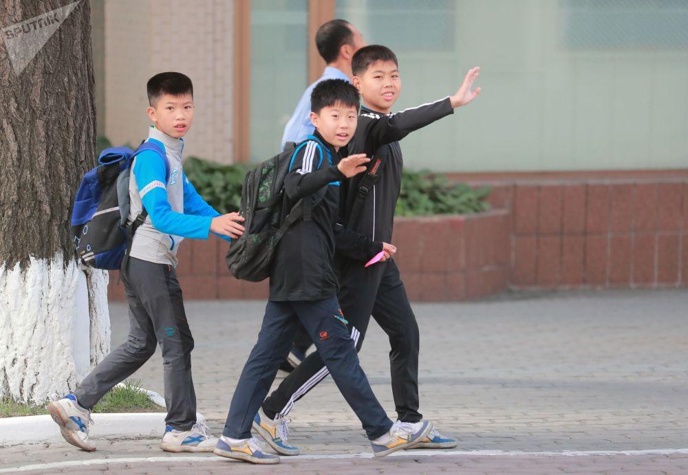 Дети на одной из улиц Пхеньяна