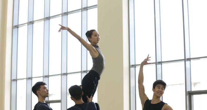 В Астана Балет покажут балет Золушка