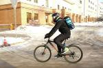 На работу в -30 на велосипеде: как выживают велосипедисты в Нур-Султане зимой - видео