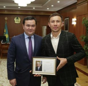 Жеңіс Қасымбек пен Геннадий Головкин