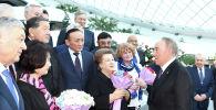 Нұрсұлтан Назарбаев елорданың алғашқы құрылысына атсалысушылармен кездесті