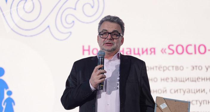 Международное информационное агентство и радио Sputnik Казахстан получило благодарность от Национальной волонтерской сети. Особую награду вручили на республиканском форуме, приуроченном открытию Года волонтера, руководителю представительства МИА Россия сегодня в Казахстане Виктору Панову